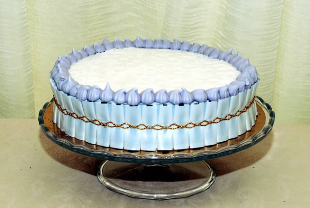 torta-compleanno-pan-di-spagna